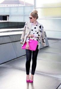 Look con leggins y zapatillas de punta en color rosa