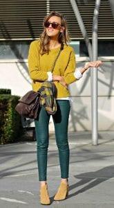 Outfit con tonos de color mostaza