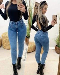 Panti blusa en color negro con escote en la espalda