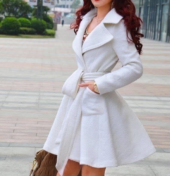 Abrigo con forma de vestido para mujeres de 40 o más