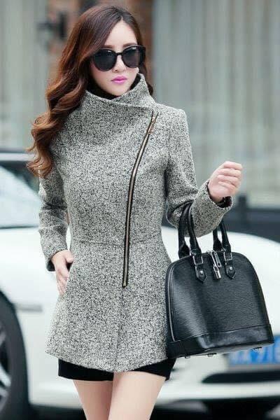 Color gris para abrigo de mujeres maduras