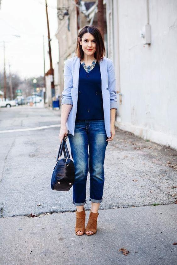 Paleta de color azul para outfit informal