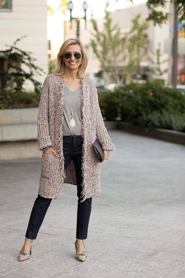Suéter largo para look de mujeres maduras