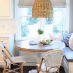 Inspiración para poner una mesa comedor en un espacio pequeño