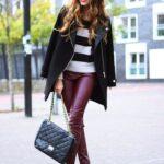Outfits con pantalón color vino tinto