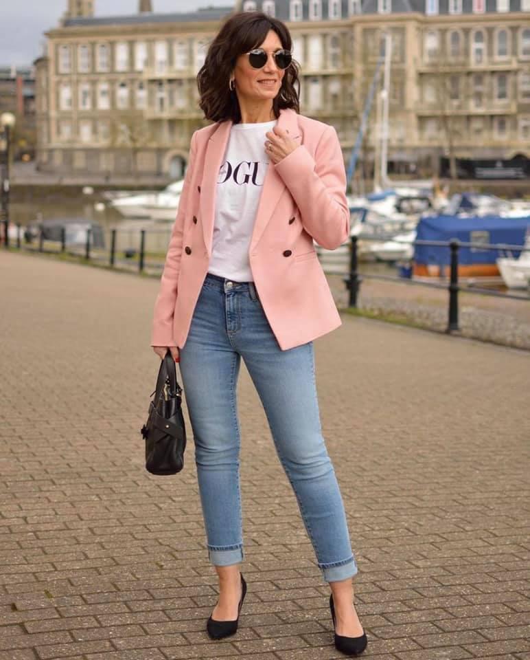 Ideas de looks con blazer para mujeres maduras