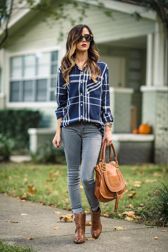Ideas de outfits con camisas de cuadros y jeans
