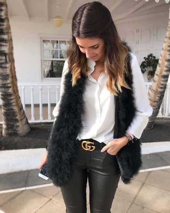Ideas de outfits con chaleco para mujeres maduras