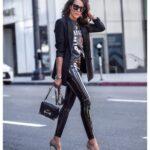 Ideas de outfits con pantalones de vinipiel y tacones