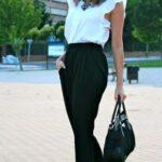 Looks blanco y negro para mujeres maduras