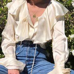 Outfits con blusas llamativas para cuerpo tipo pera