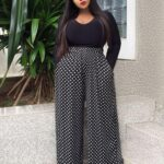 Outfits con palazzo para chicas curvy