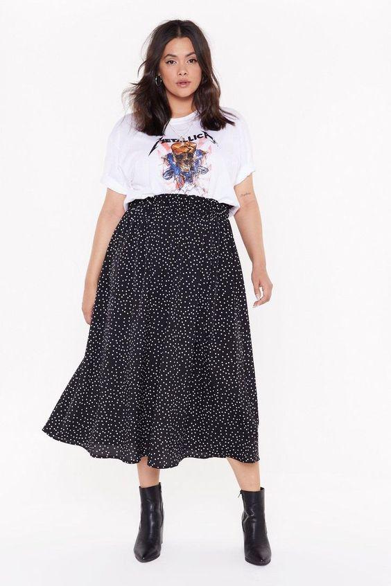 Outfits para chicas curvy con falda