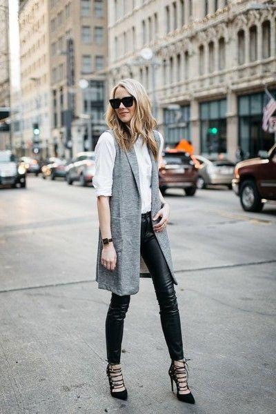 Ideas para usar pantalones de vinipiel si eres una mujer madura