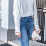 Blusas formales blancas con jeans