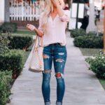 Cómo combinar jeans con camisas si eres una mujer madura