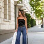 Jeans acampanados para mujeres maduras