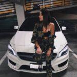 Maneras de llevar prendas estilo militar si eres una mujer madura