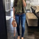 Looks casuales con jeans para mujeres maduras