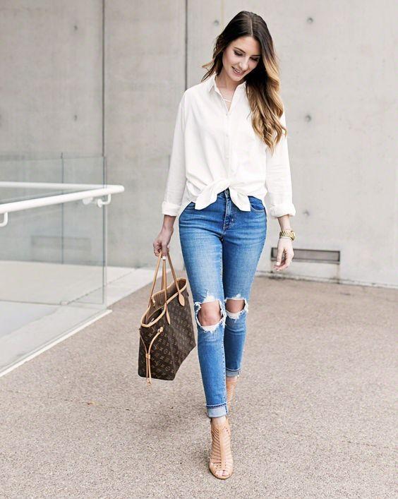 Looks con camisas blancas y jeans