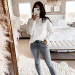 Looks informales con jeans para mujeres de 40