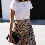 Outfits con faldas de satin animal print