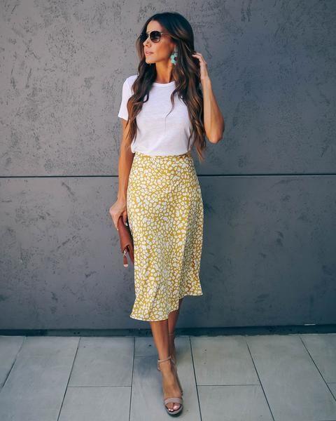 Outfits con faldas primavera - verano para mujeres de 40
