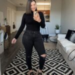 Outfits con jeans negros para chicas curvy