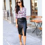 Outfits informales con falda para mujeres maduras