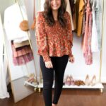 Outfits para mujeres maduras con jeans negros