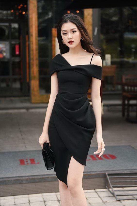 Vestidos negros mujeres maduras