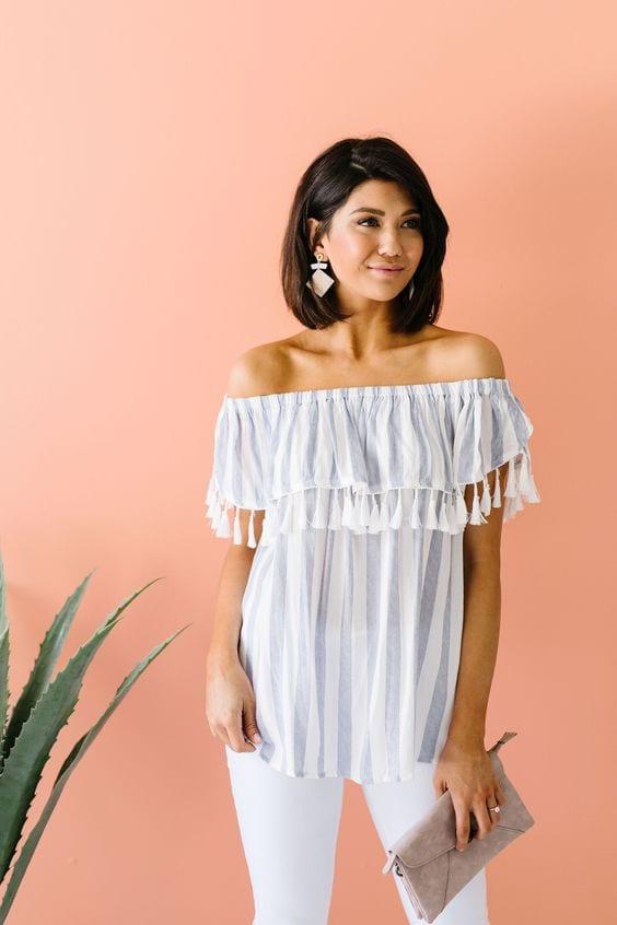 Blusas con escote off the shoulder para mujeres de 40