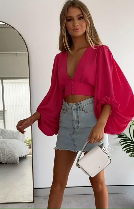 Blusas escotadas para mujeres maduras