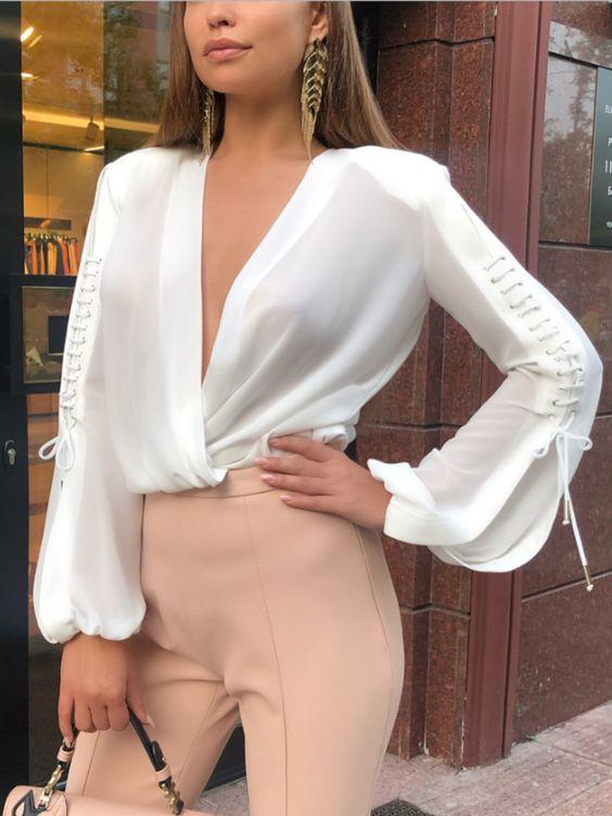 Camisas o blusas de cuello V