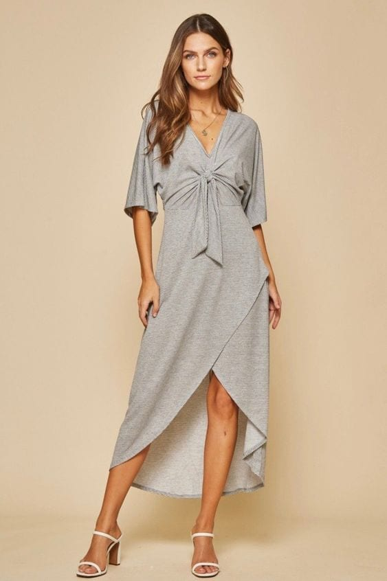 Ideas de outfits con midi wrap dress