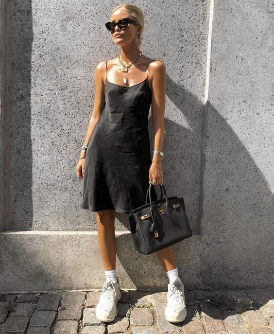 Ideas para usar slip dress negro
