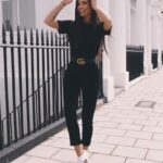 Jumpsuits negros con tenis