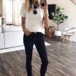 Looks casuales con jeans negros para mujeres de 40