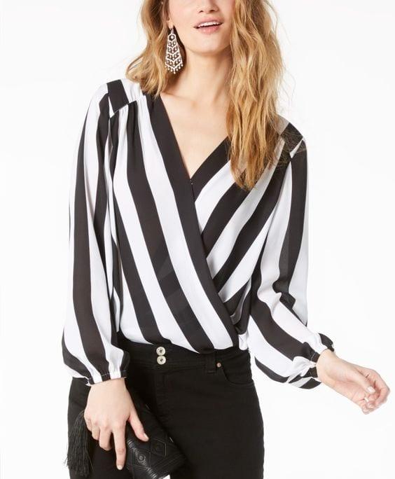 Looks con blusas cruzadas y pantalón negro
