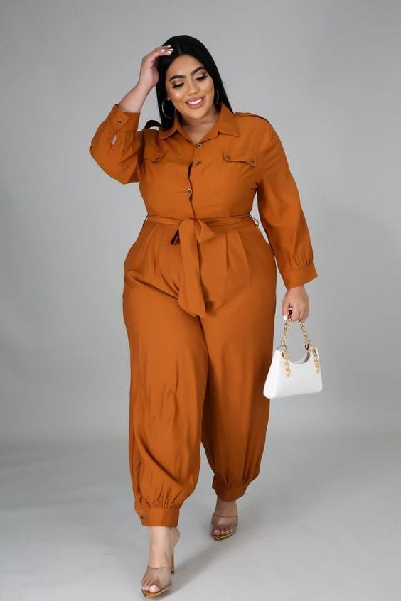 Looks con jumpsuits para mujeres curvy