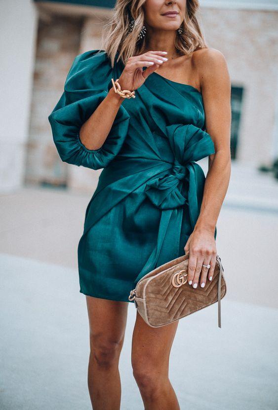 Looks con vestidos casuales y elegantes