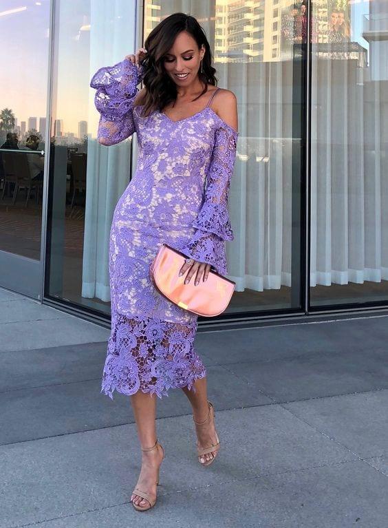Outfits color lavanda primavera - verano para mujeres maduras