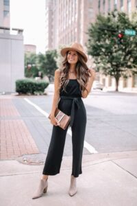 Outfits con jumpsuits color negro para primavera