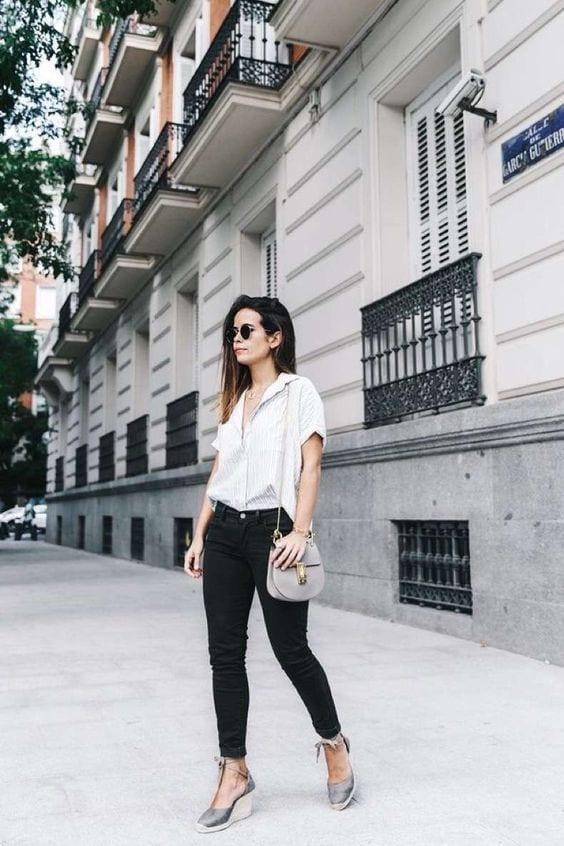 Outfits con pantalones negros para el verano