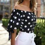 Blusas con prints de lunares