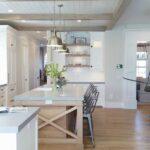 Cocinas rústicas en colores claros