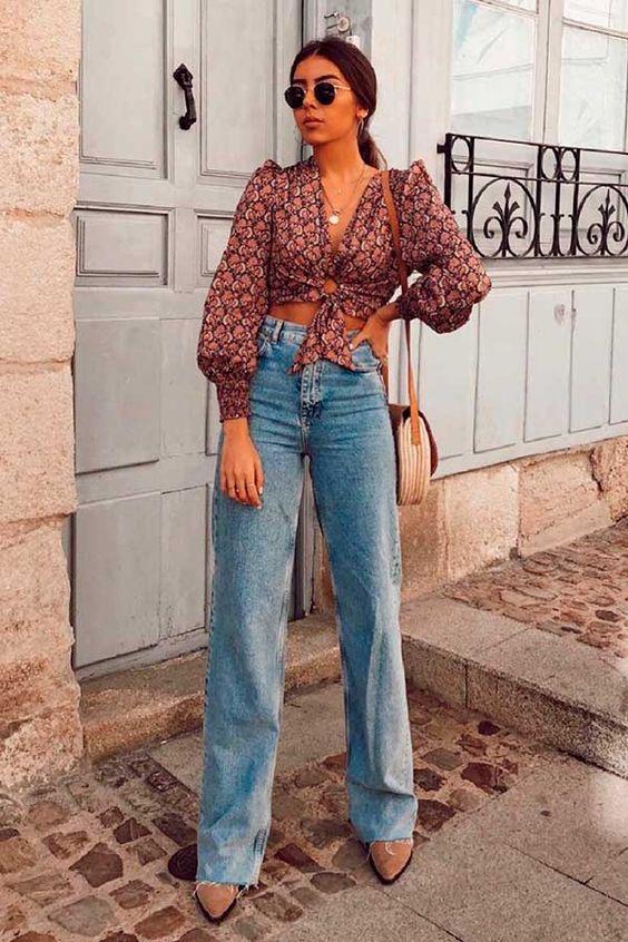 Combina jeans rectos con crop tops