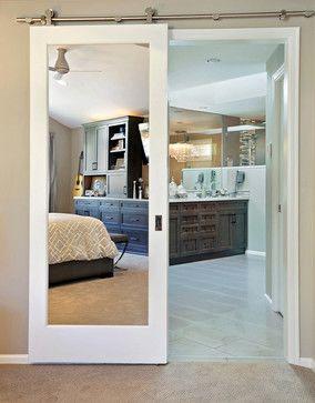 ¿Cómo convertir una puerta normal en una puerta corredera?