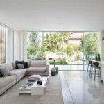 Diseños de ventanas de piso a techo para salas