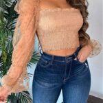 Opta por looks con jeans ajustados